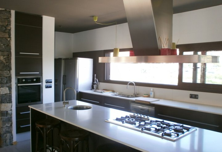 fitted kitchens by studio kitchens costa blanca